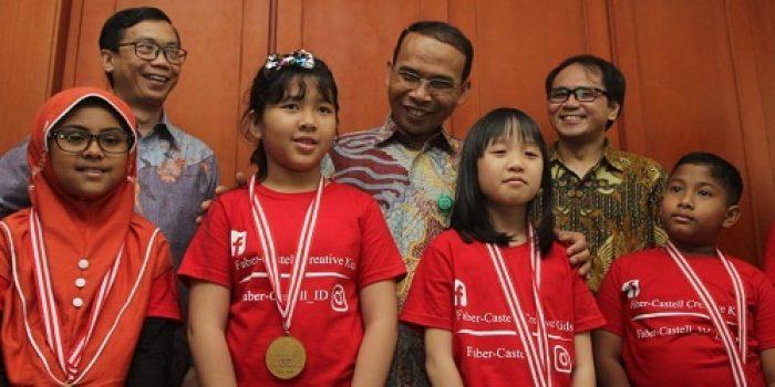 Delapan Pemenang Faber-Castell Terbang ke Thailand