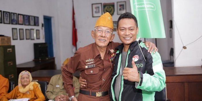Driver Grab Hormati Veteran di Hari Pahlawan