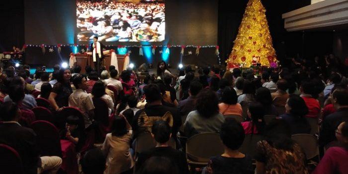 Sebanyak 3.000 Jemaat Tiberias Surabaya Rayakan Natal