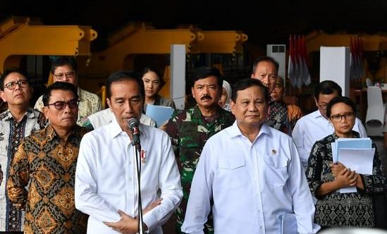 Jokowi Reshuffle Kabinet